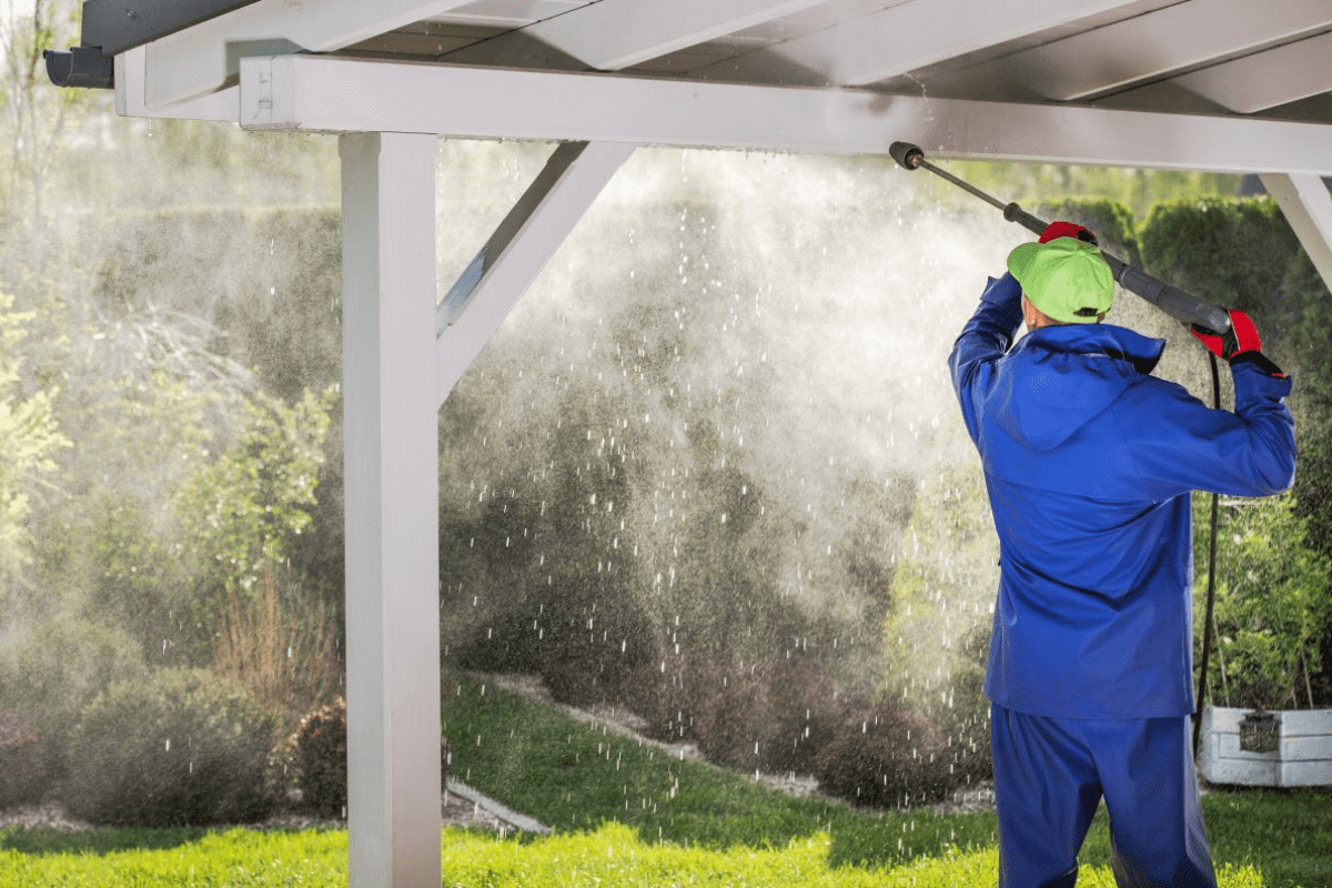 best time to pressure wash a home